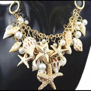 BETSEY JOHNSON~ The SEA Necklace